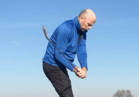 Golfschwung Oberarme